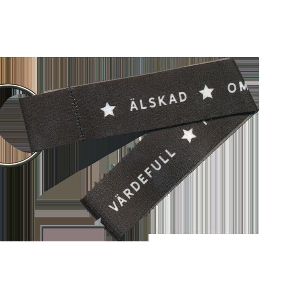 Nyckelband kort - Älskad, omsluten, välsignad - svart